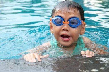 Nauka pływania dla dzieci - kiedy i jak?